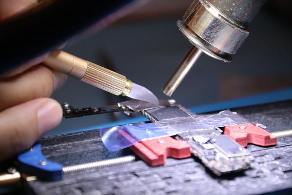 Pourquoi se former à la microsoudure?