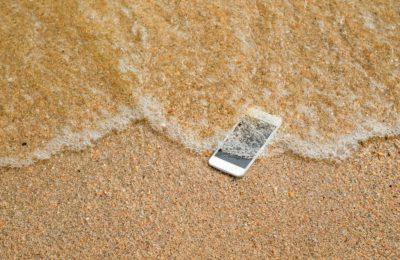 Téléphone Oxydé eau de mer